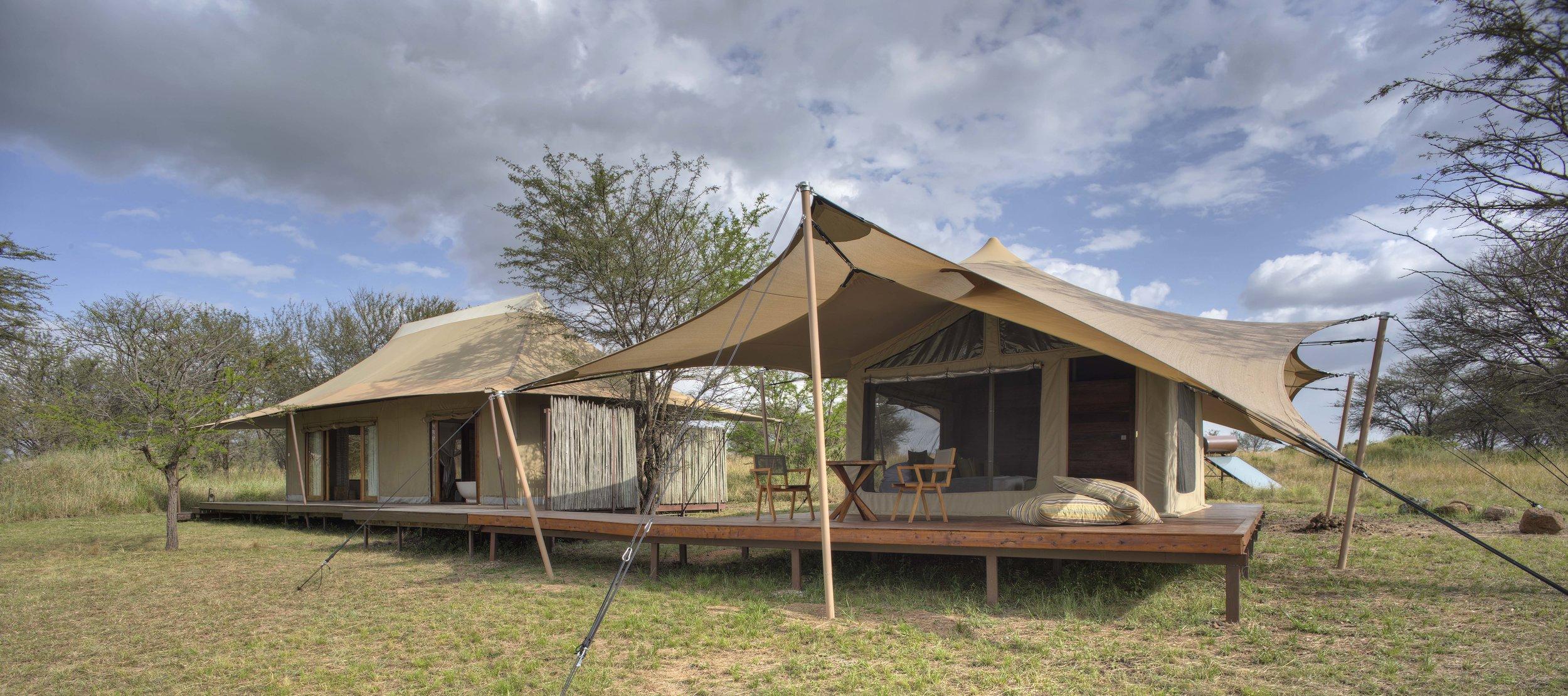 Sayari-Exterior-view-of-the-family-tent.jpg