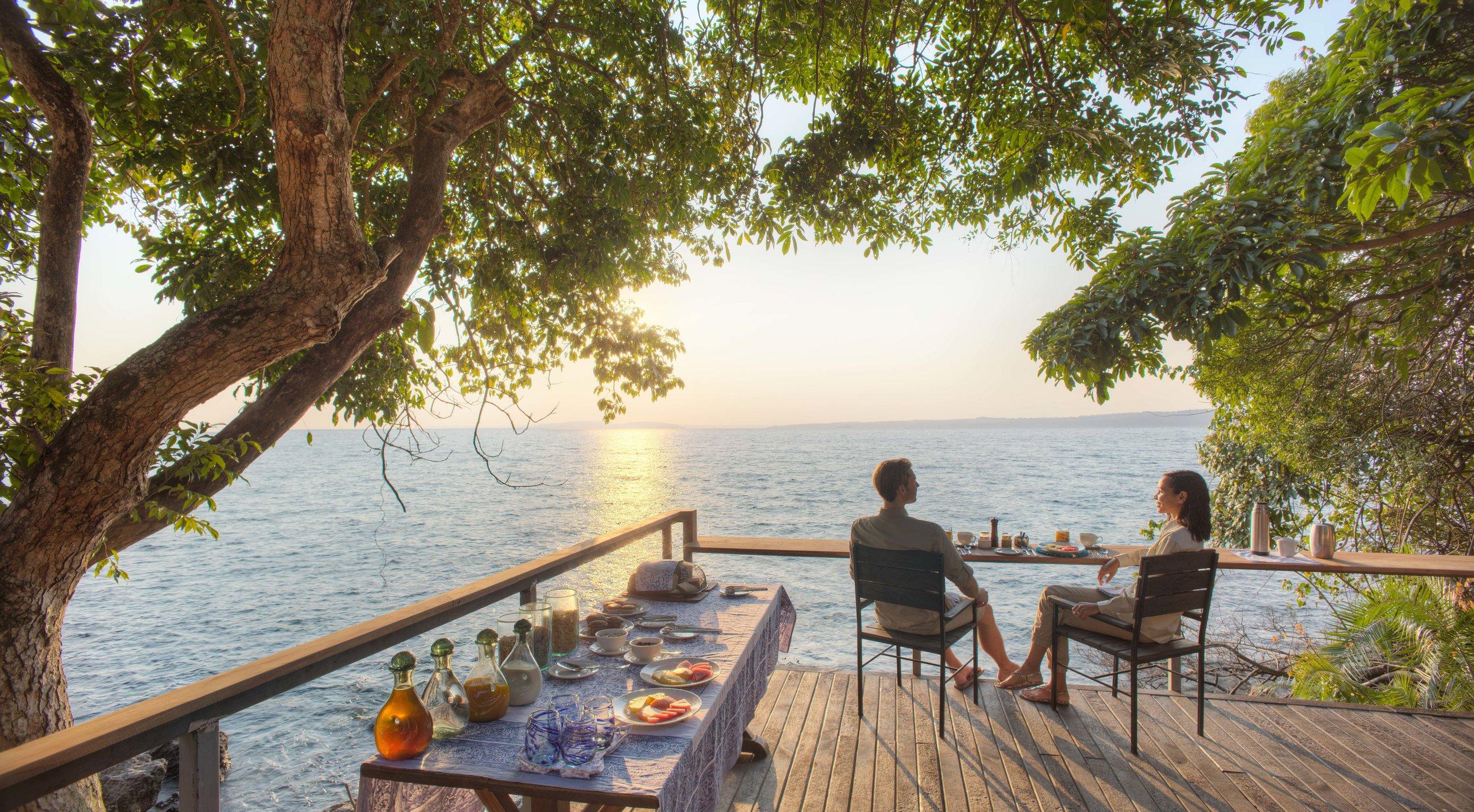 Rubondo-Island-breakfast-deck.jpg
