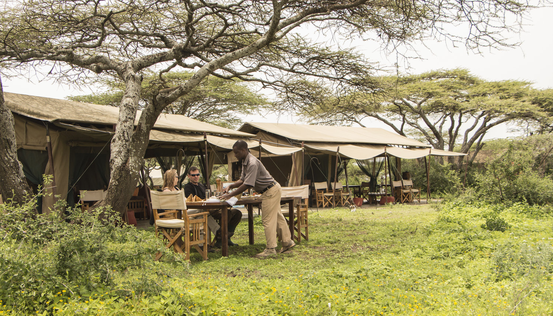 top serengeti mobile tent camps - migration - asilia - ubuntu camp migration