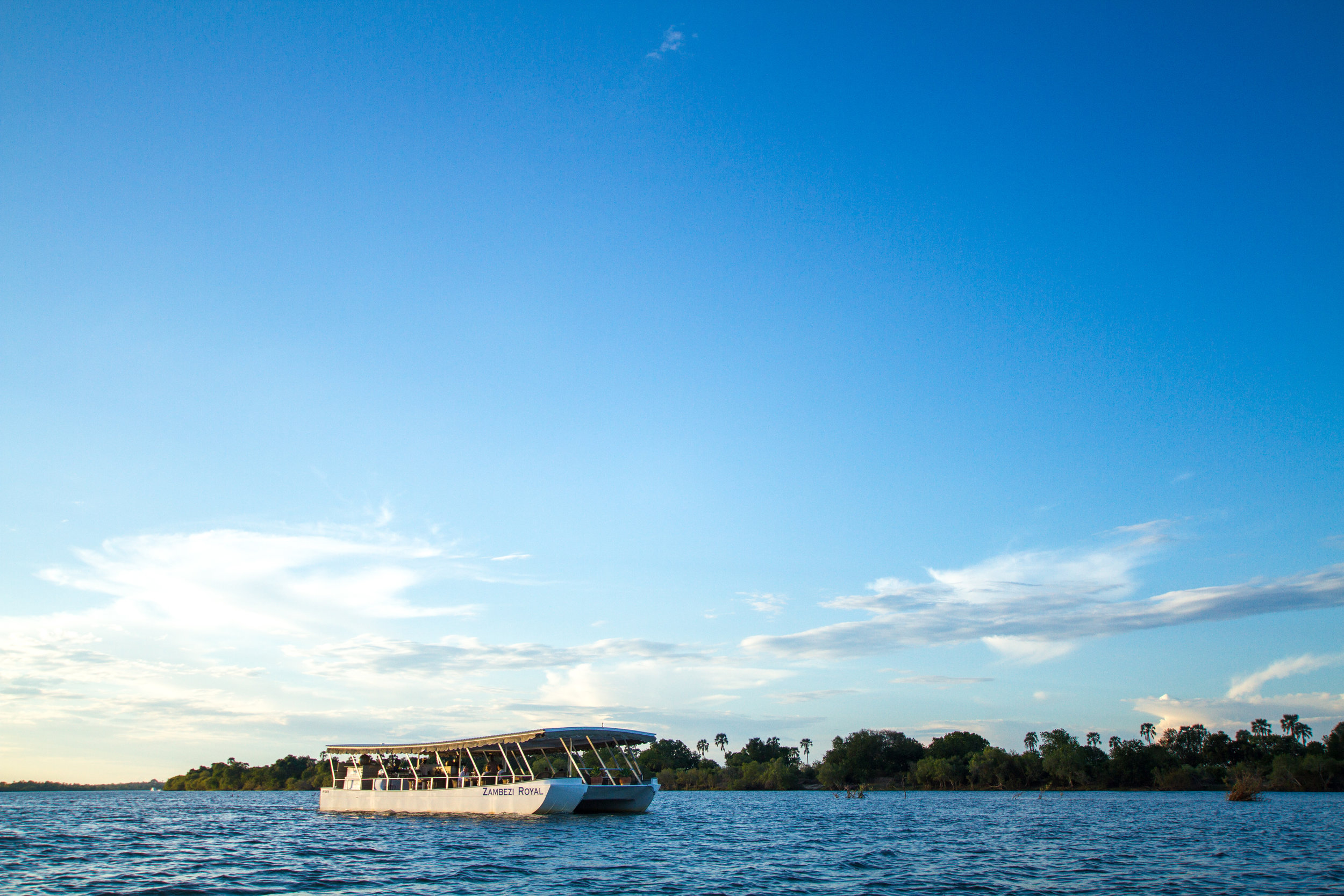 the ultimate river & bush experience - zambezi - river cruising