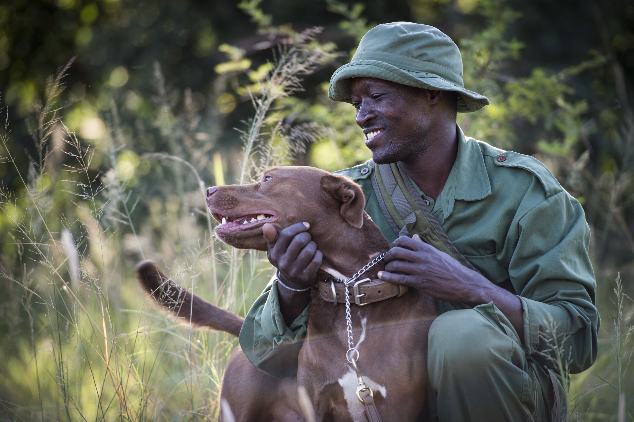 mike_sutherland_-_grumeti_fund_scouts__dogs_29_of_209.jpg