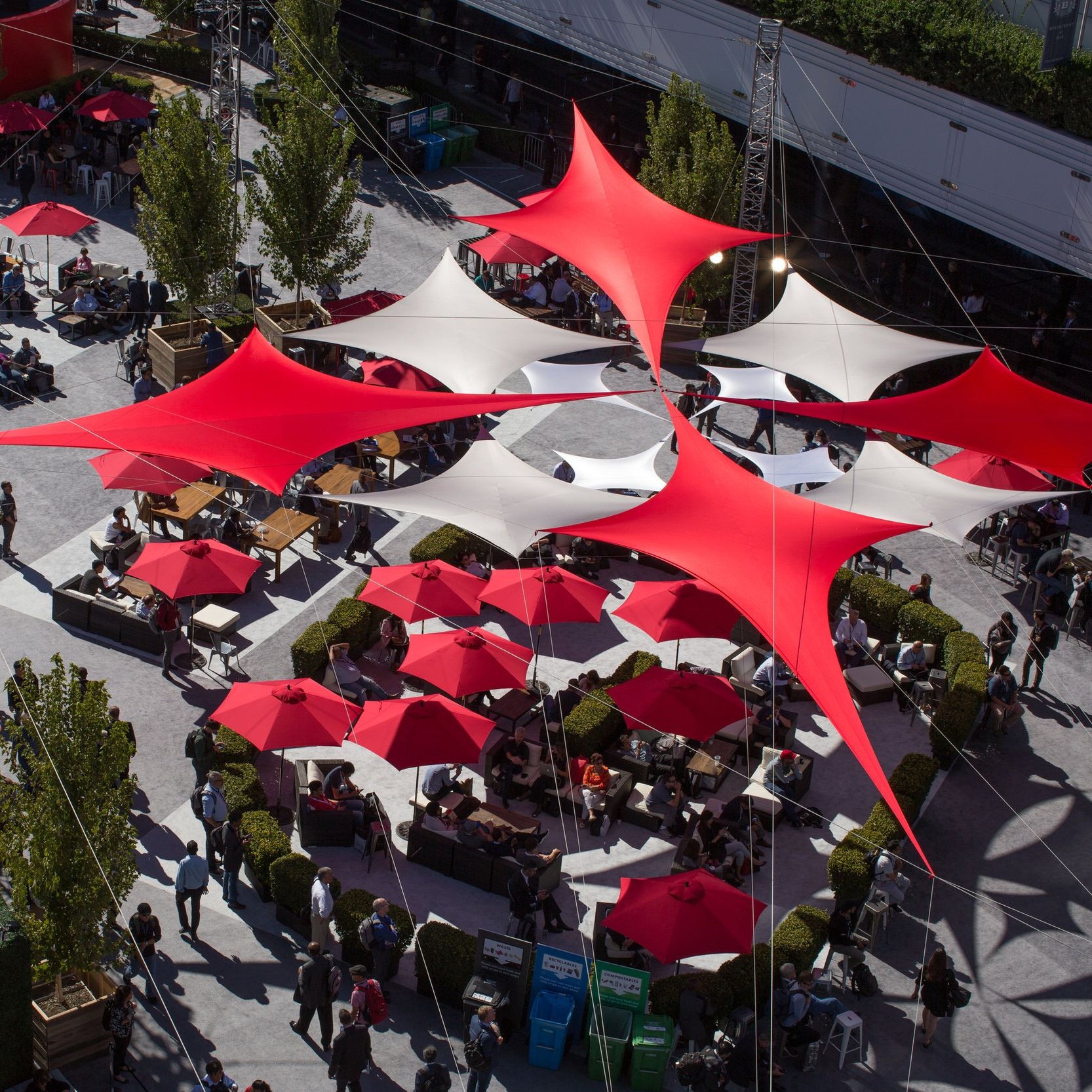 ORACLE: OPENWORLD 2017 - CLOUD PLAZA - ON HOWARD ST., AT THE MOSCONE CENTER IN SAN FRANCISCO