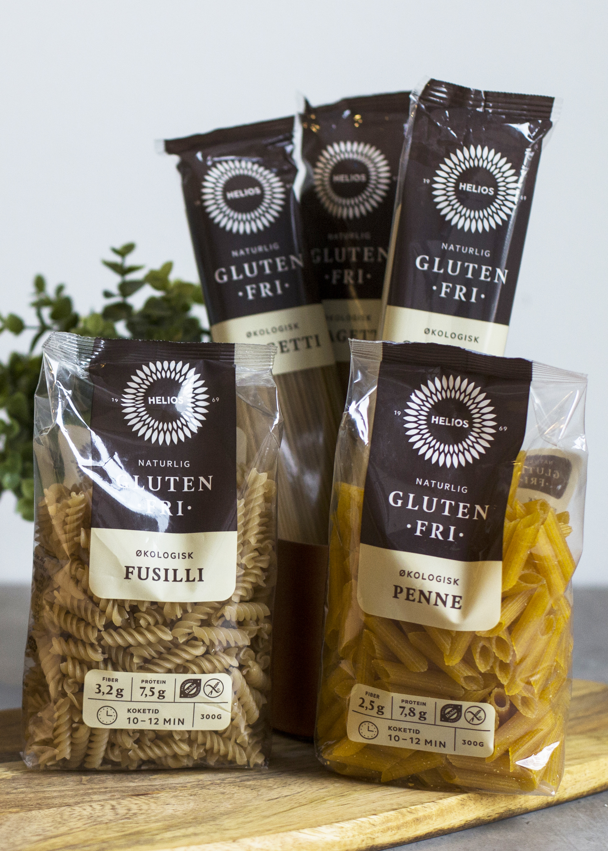 HELIOS glutenfri pasta lysere.jpg