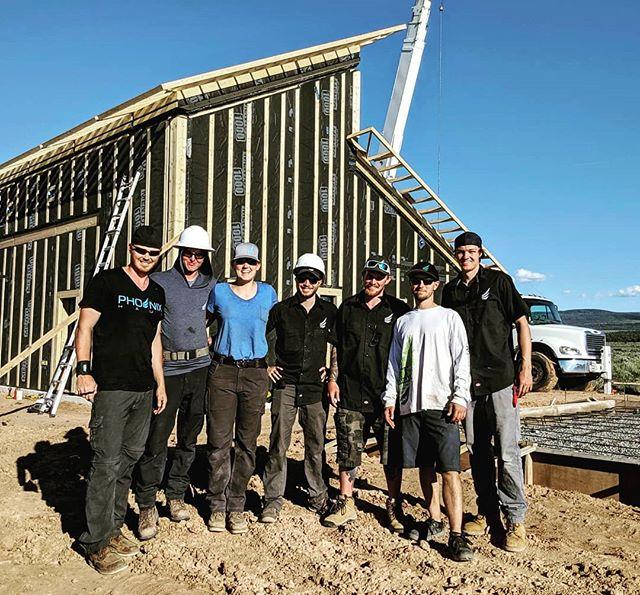 Beautiful day, wonderful team, amazing house! ☀️🏡 #phoenixhaus #smallhaus #lowenergy #prefab #offsite #healthyliving #Coloradobuilt