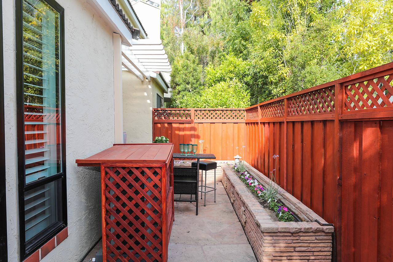 227 Ada Ave Mountain View Blu Skye Media-9728-X2.jpg