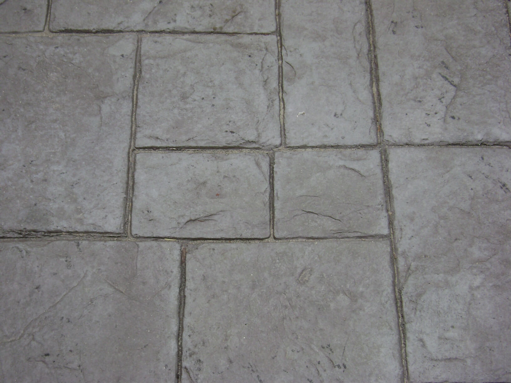 Medium Ashlar - Slate with Nutmeg Release