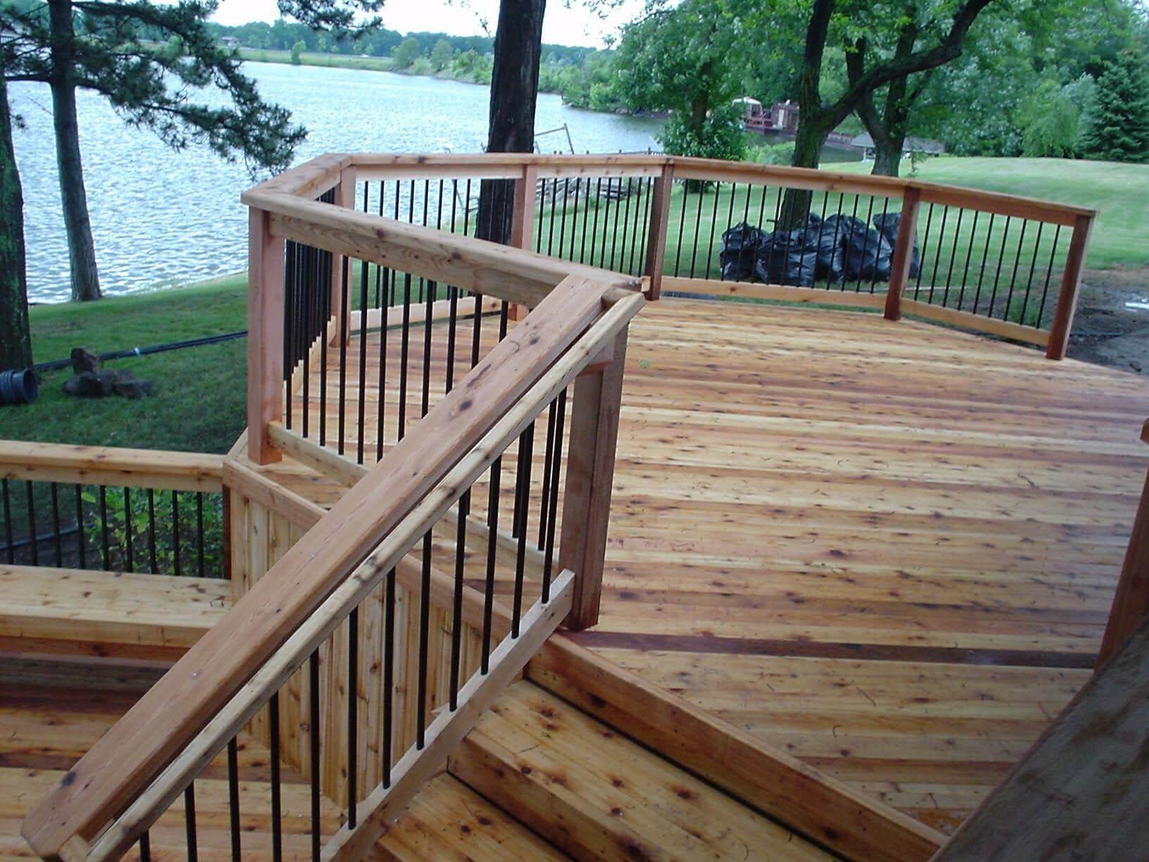 Cedar Deck 2.jpg