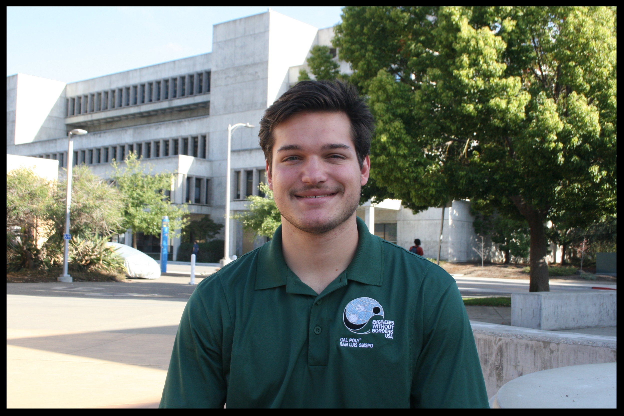 Brad Weeks - Membership Coordinator    Grad 2021 - Electrical Engineering   Brad Weeks is from San Diego, California. He spent much of his time in high school doing various local community service projects, and frequented Tijuana, Mexico to help build houses and facilities for the underprivileged. One of his passions is hobby electronics. This includes - Home networking, Audio-Circuitry design & construction, and Automation. His favorite part of EWB is working with the Local Projects team.