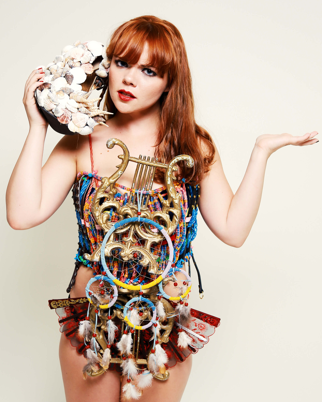 fashion_carabuckwild.jpg