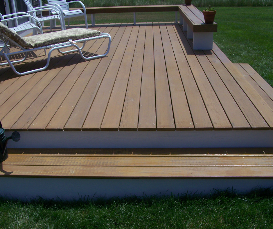 cape-cod-deck-staining-painting-finishing.png