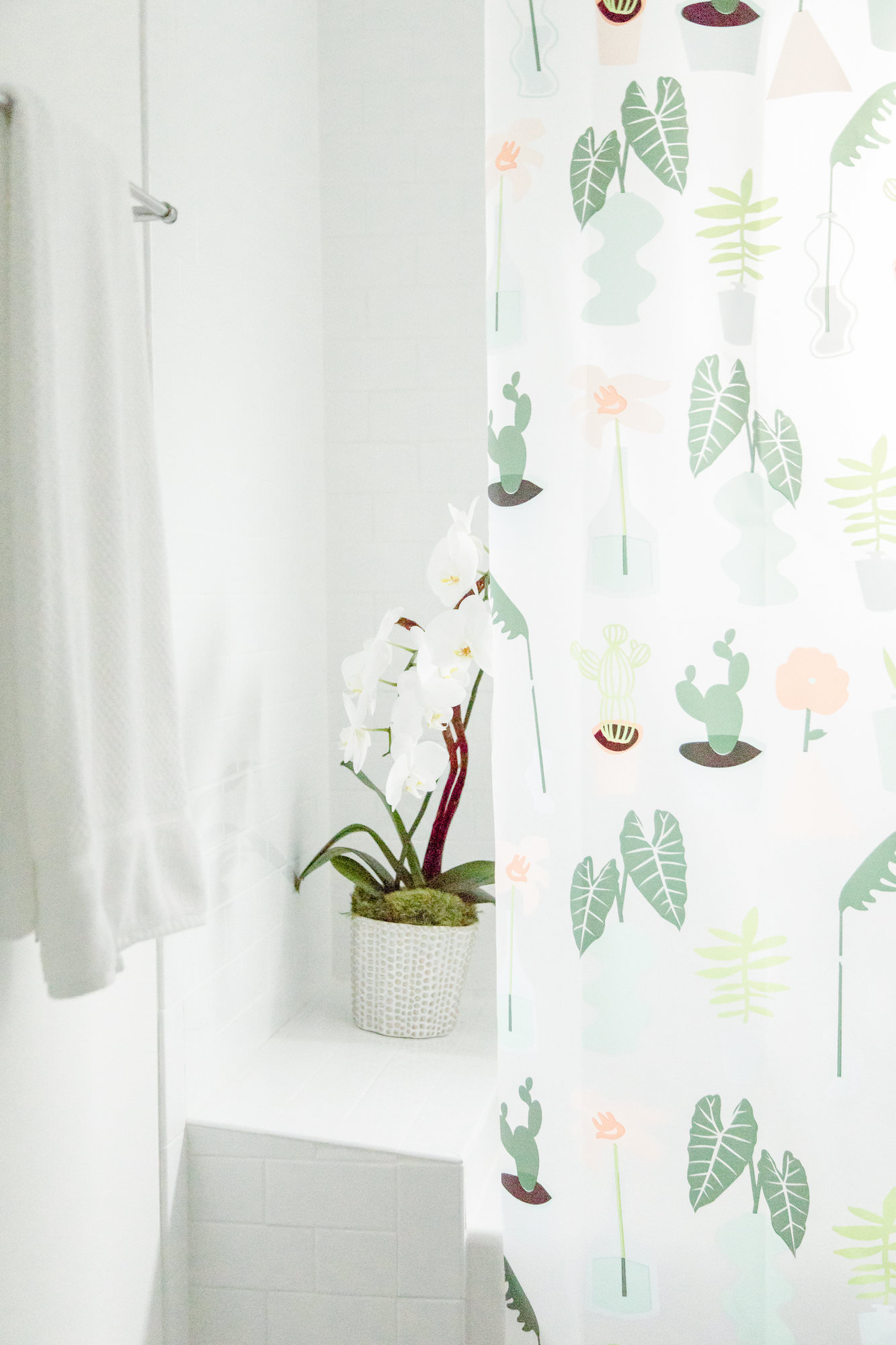 mid-century-modern-bathroom-white-plants-orchid-web-res.jpg