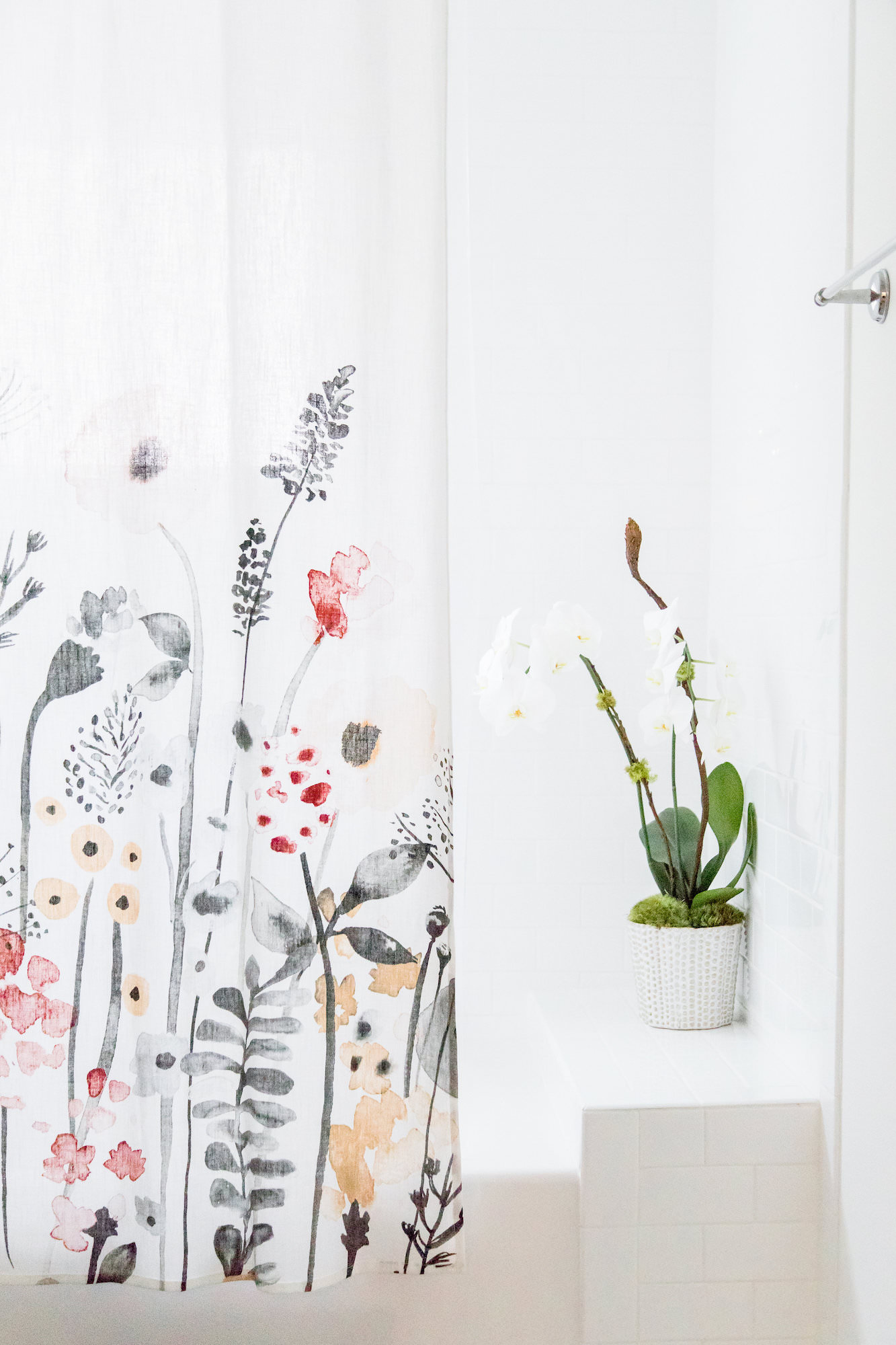 mid-century-modern-vacation-rental-bathroom-orchid-shower-curtain-web-res.jpg