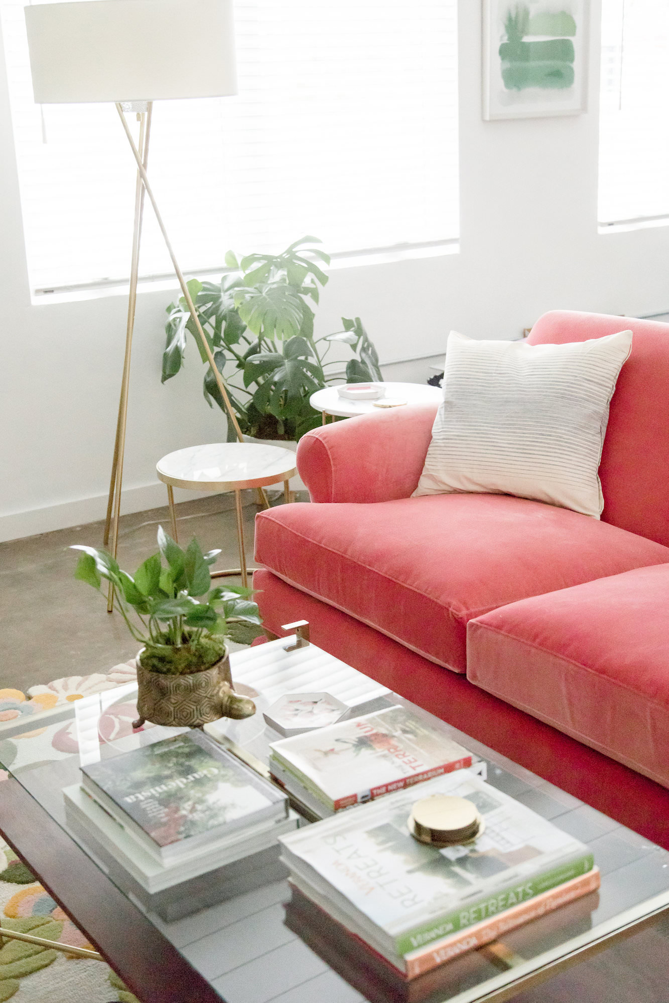 mid-century-modern-vacation-rental-the-park-living-room-red-couch-web-resolution.jpg
