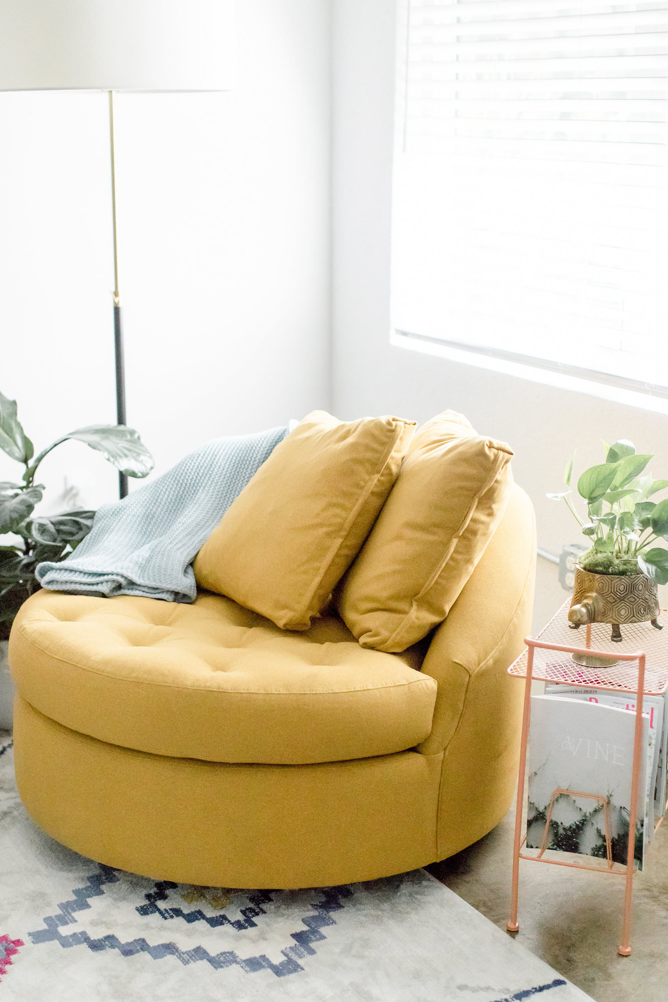 mid-century-modern-vacation-rental-the-park-circular-yellow-couch-web-res.jpg