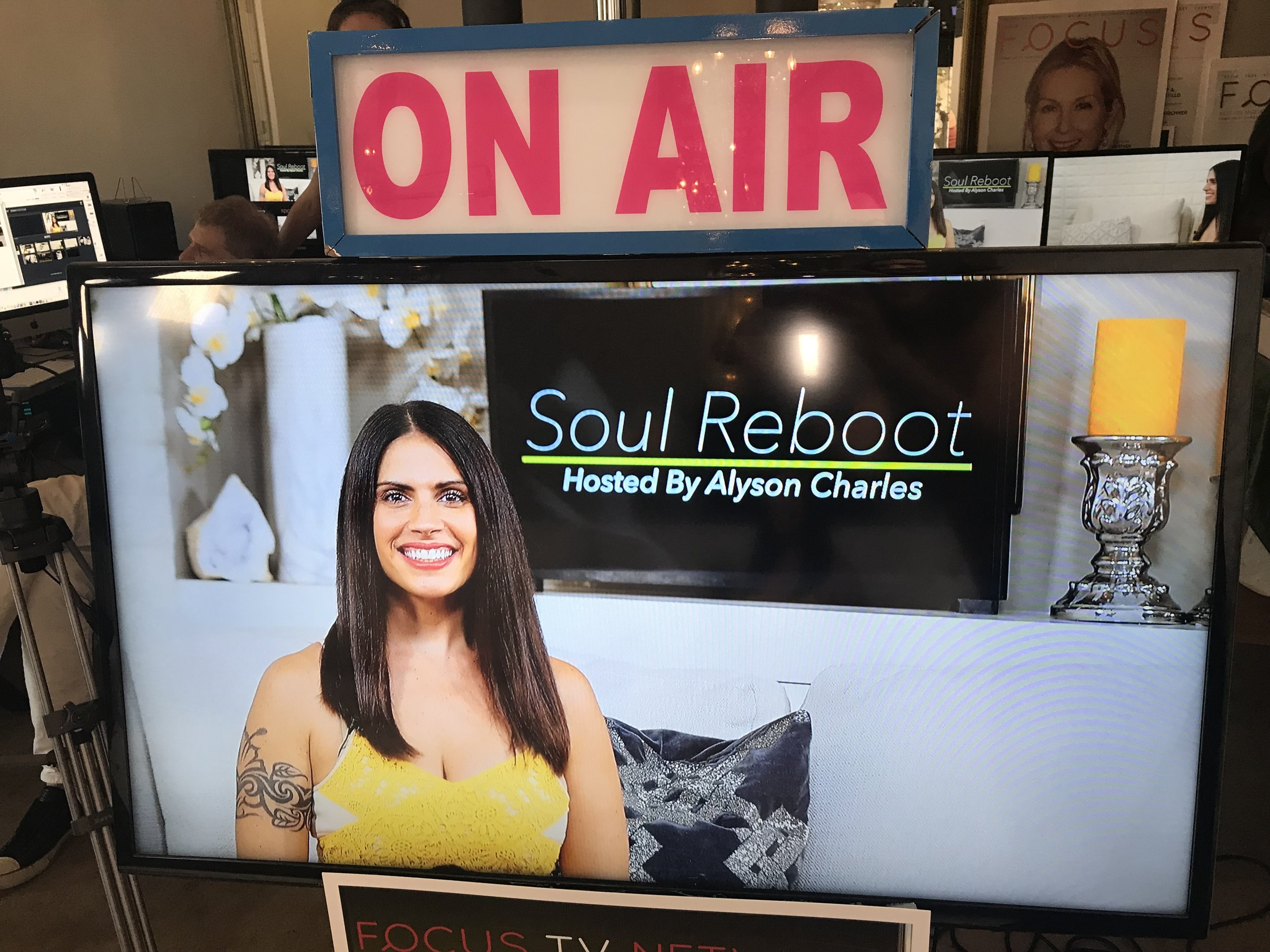 Soul Reboot with Alyson charles - This modern talk show explores wildly powerful defining moments experienced by some of the most epic beings on the planet! Are there better ways to reach your goals? Top ways to align with your purpose on Earth and clear the pathway between you and your dreams? It all happens here on Soul Reboot.