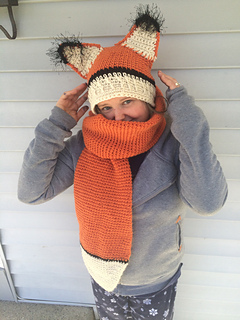 Fox Hat/Scarf Combo
