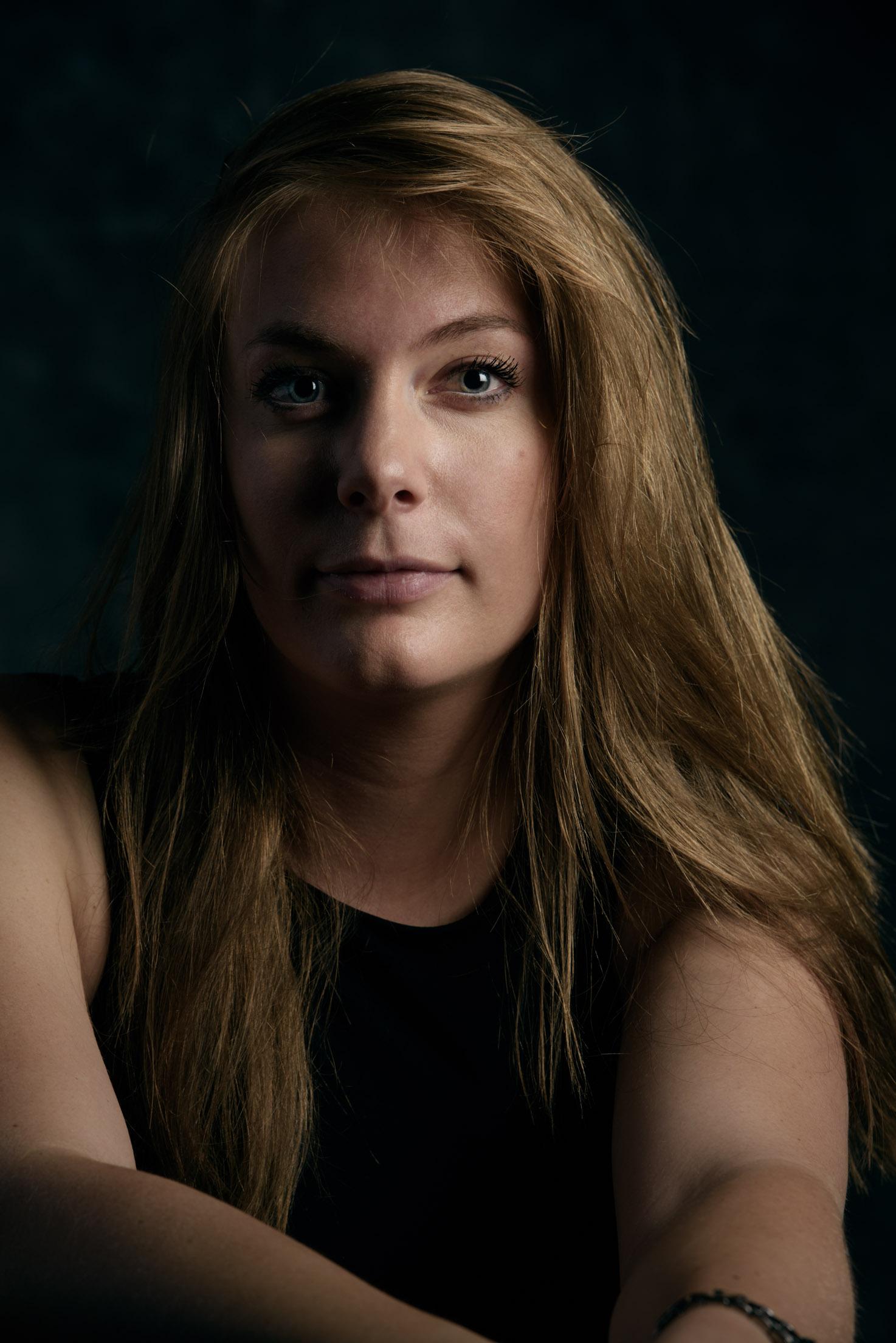 PortraitAlexandra-web-1.jpg