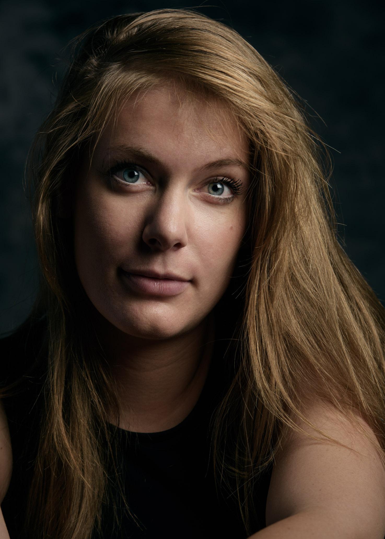 PortraitAlexandra-web-4.jpg