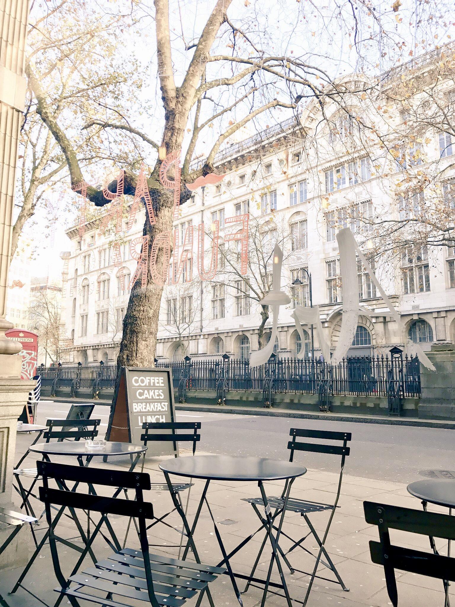 LONDON-CHRISTMAS-MARKET-WINE-FOOD-DISH-YOU-WERE-HERE-LUXURY-FOOD-TRAVEL3.jpg