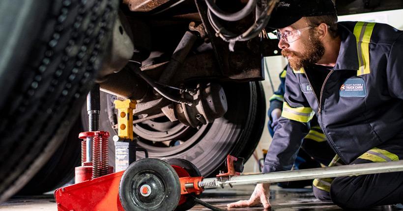 Diesel-Mechanic-Millennials-in-Trucking