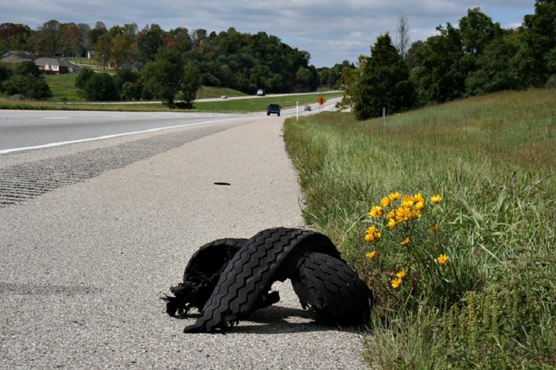 Tire Blowout Gator Example - Millennials in Trucking