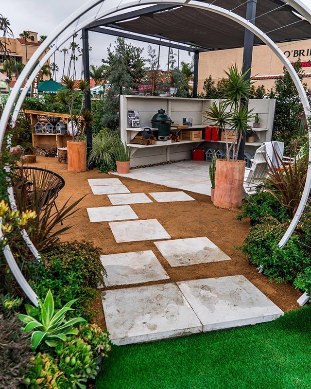 Entrance to #practiceplayfulness garden display. Details in Volume 6 of ATO available now. Link in profile ☝🏼 #ato