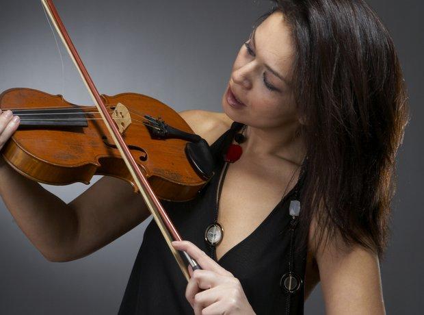 Bad violin stock photo.jpg
