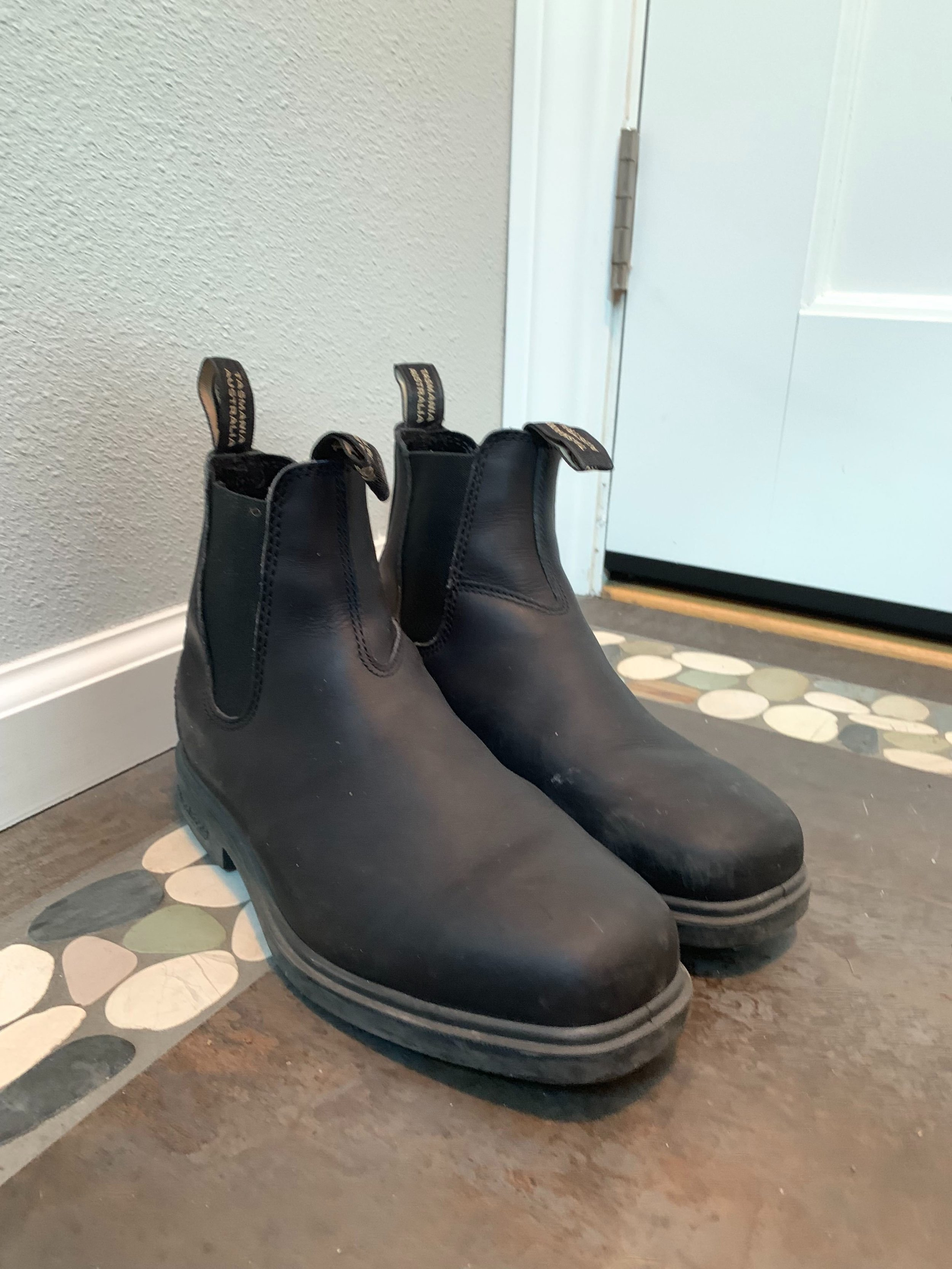 Australian work boots - My husband and I actually *share* a pair of these Blundstone chelsea workboots. You can dress them up, down or take it officially on your walkabout. So comfortable out of the box and easy to put on with front/back tabs. It's also scoring major hip points now as it's taking over SF.