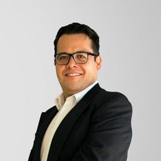 Michel Miramontes  - Licenciado en Actuaría por la Universidad Nacional Autónoma de México, con más de seis años experiencia en investigación de mercados y un fuerte desarrollo en el análisis cuantitativo para marcas de diferentes industrias.