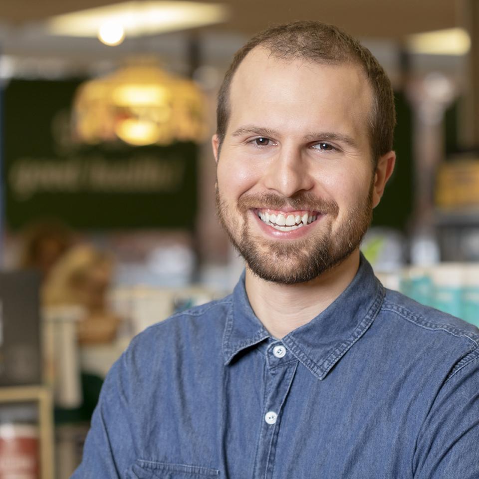 Manchester Parkade Health Shoppe Stephen portrait web.jpg