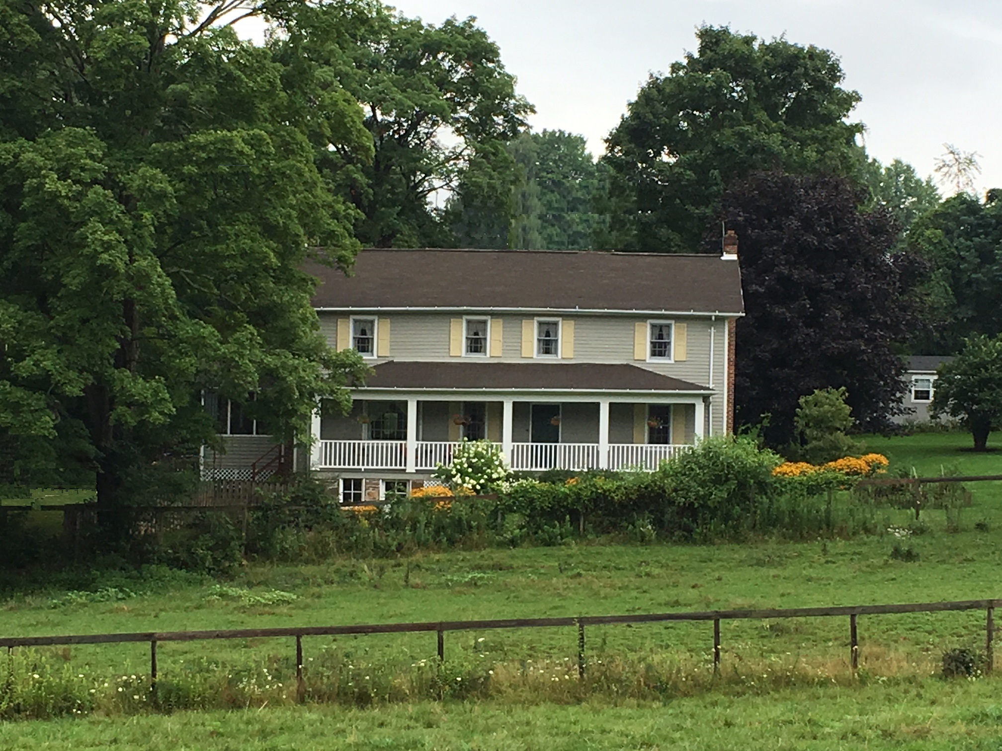 Photo #8 House.jpg