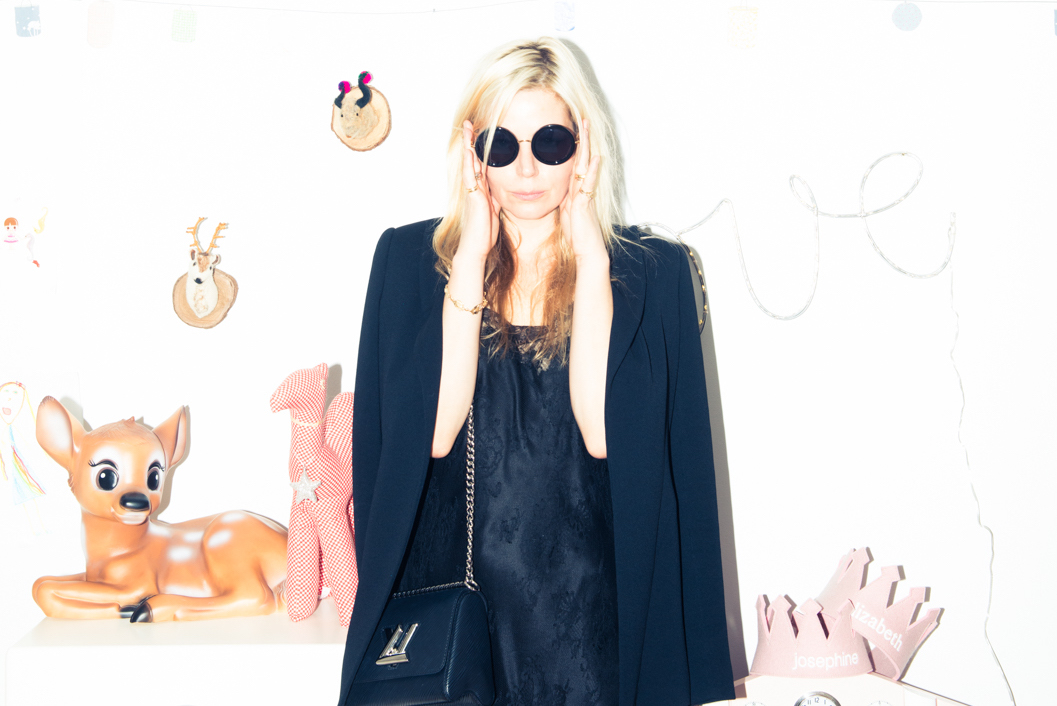 - Peek inside the closets of Hollywood's most powerful stylistsBy SAMANTHA SUTTON + MEGAN WILSON(Coveteur, 21 Mar 2018)The Hollywood' Reporter's annual list is here—and it includes some of our favorites.