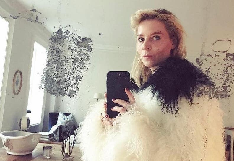 """- How Julia von Boehm went from assisting Carine Roitfeld to becoming Fashion Director of """"InStyle""""By TYLER MCCALL(Fashionista, 19 Apr 2018)A Chance encounter with the legendary Vogue Paris EIC led to an invaluable mentorship and career in styling…"""