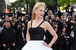 - It took 150 hours and 180 yards of silk tulle to make Nicole Kidman's Cannes red carpet lookBy EDWARD BARSAMIAN(Vogue, 22 May 2017)For tonight's premiere of The Killing of a Sacred Deer at the Cannes Film Festival, Nicole Kidman donned a double-faced silk duchess satin bustier and hand-cut silk tulle skirt by Calvin Klein by Appointment.