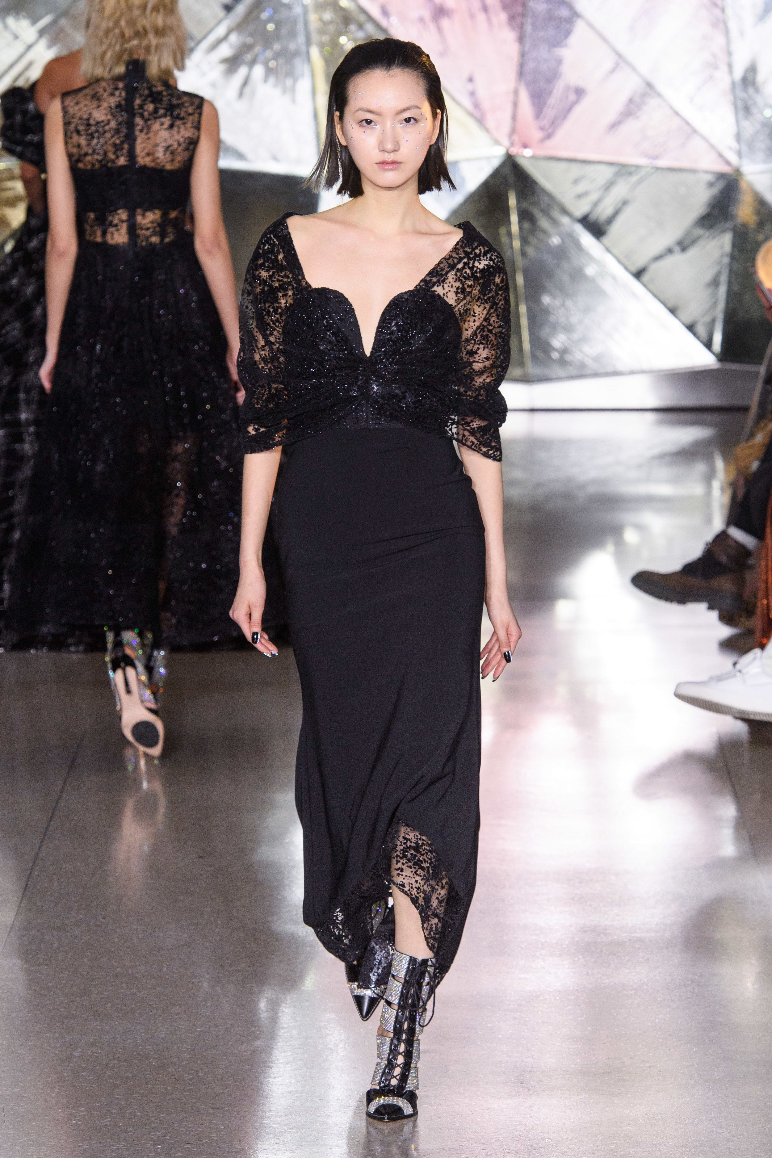 CHRISTIAN SIRIANO, COURTESY VOGUE RUNWAY