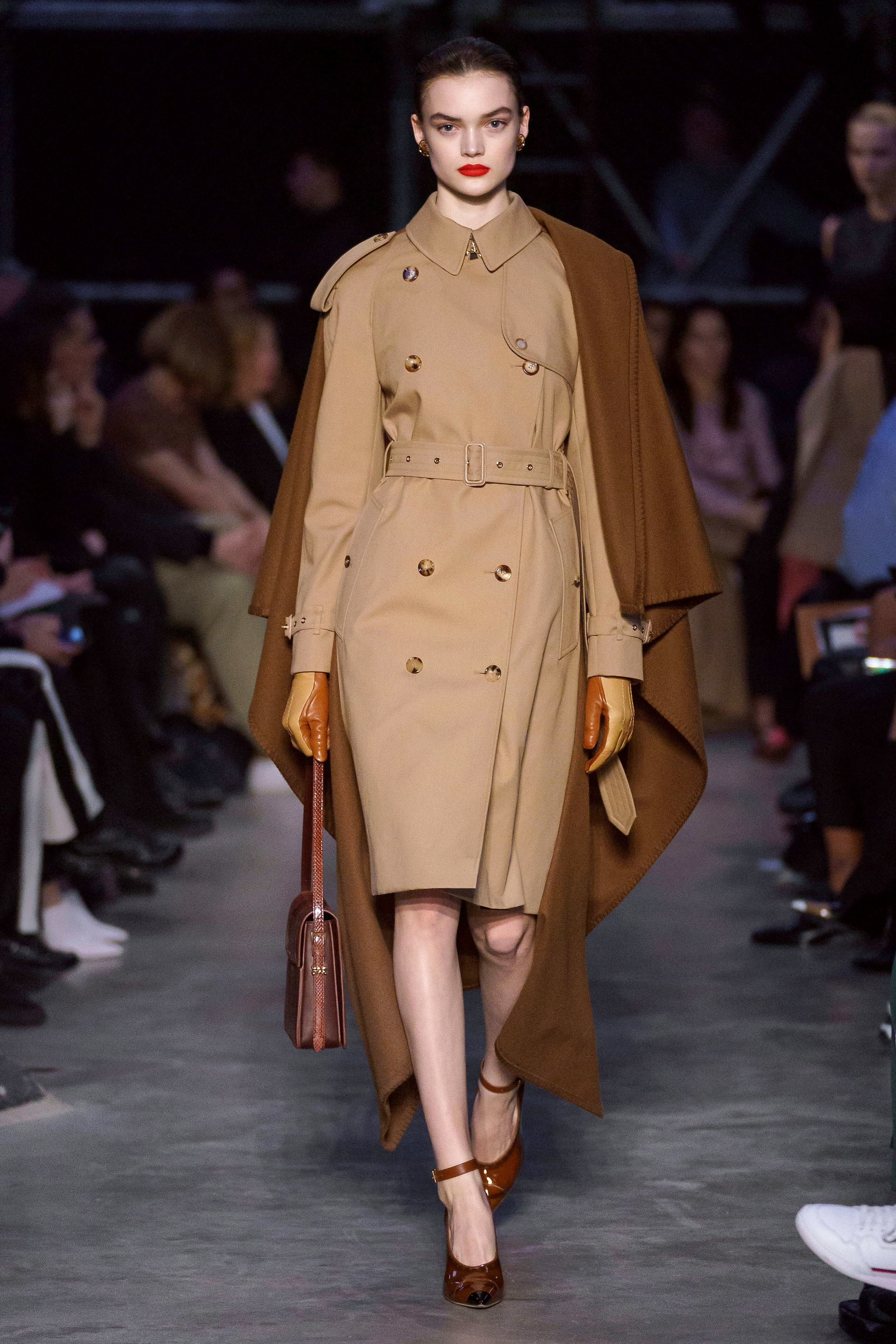 Burberry Look 49 London.jpg