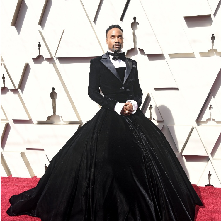 OSCARS 2019 RED CARPET: (WO)MENSWEAR - Menswear inspired looks were yet again a strong feature for the Oscars 2019 Red Carpet.