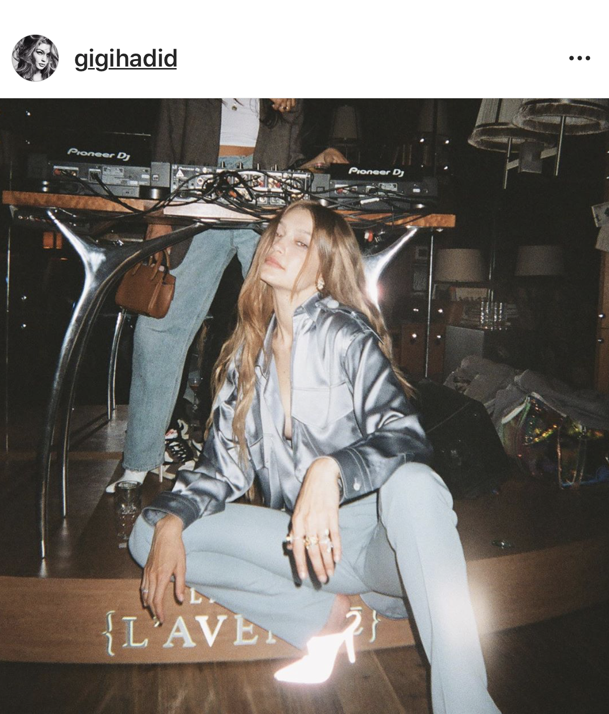 Gigi-Hadid-wearing-Virgil-Abloh-for-Louis Vuitton.PNG