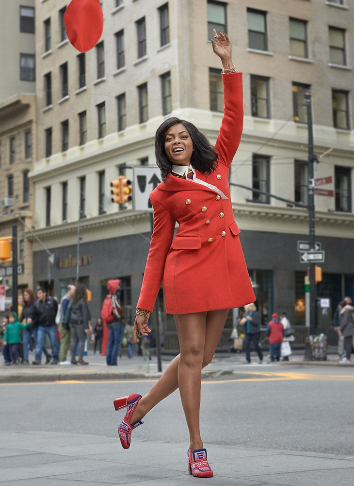 Photo   : InStyle Magazine, January 2019,    Photography   : Robbie Fimmano,    Styling   : Julia von Boehm