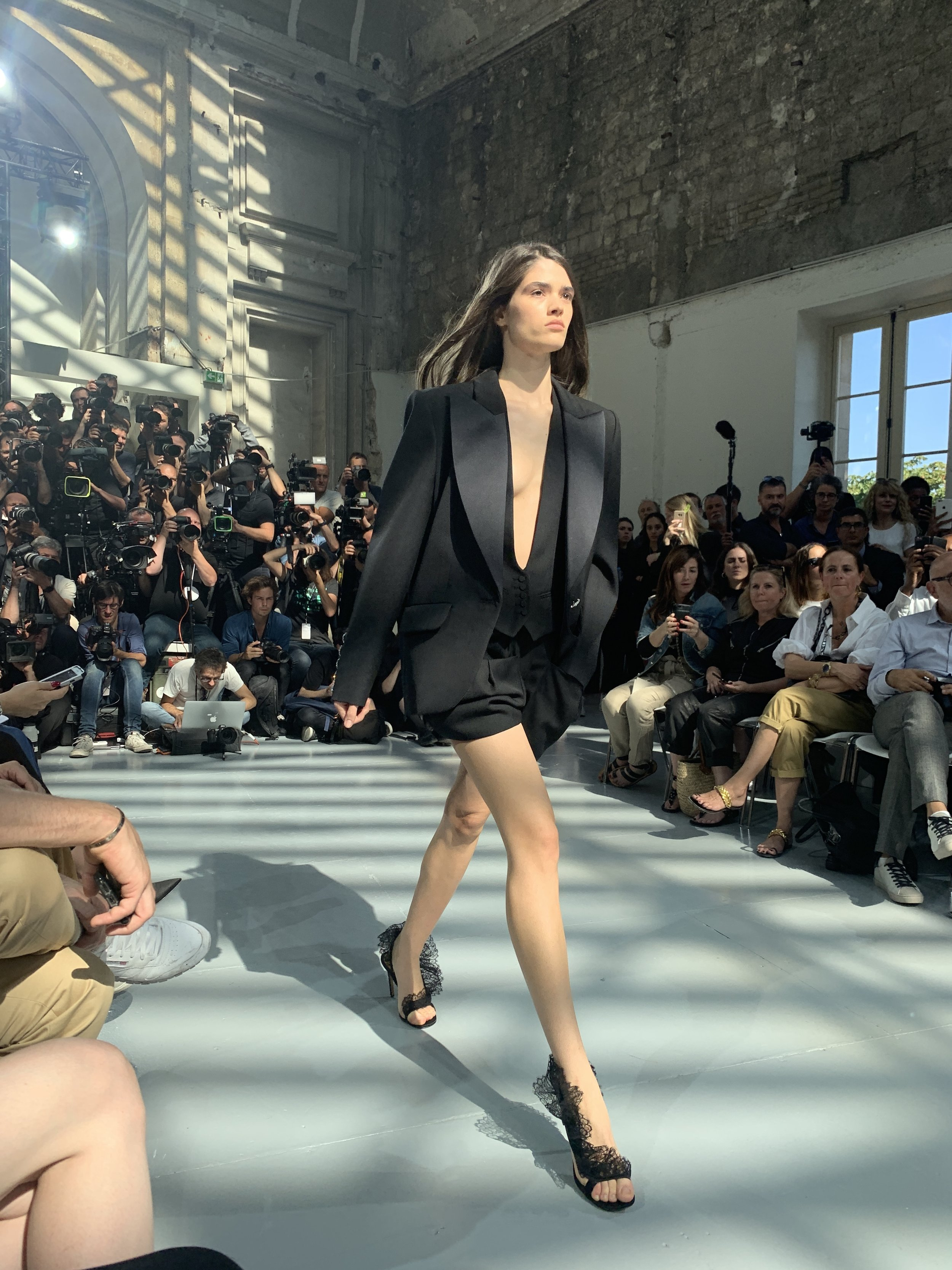 4/4 Alexandre Vauthier Fall 19 Couture