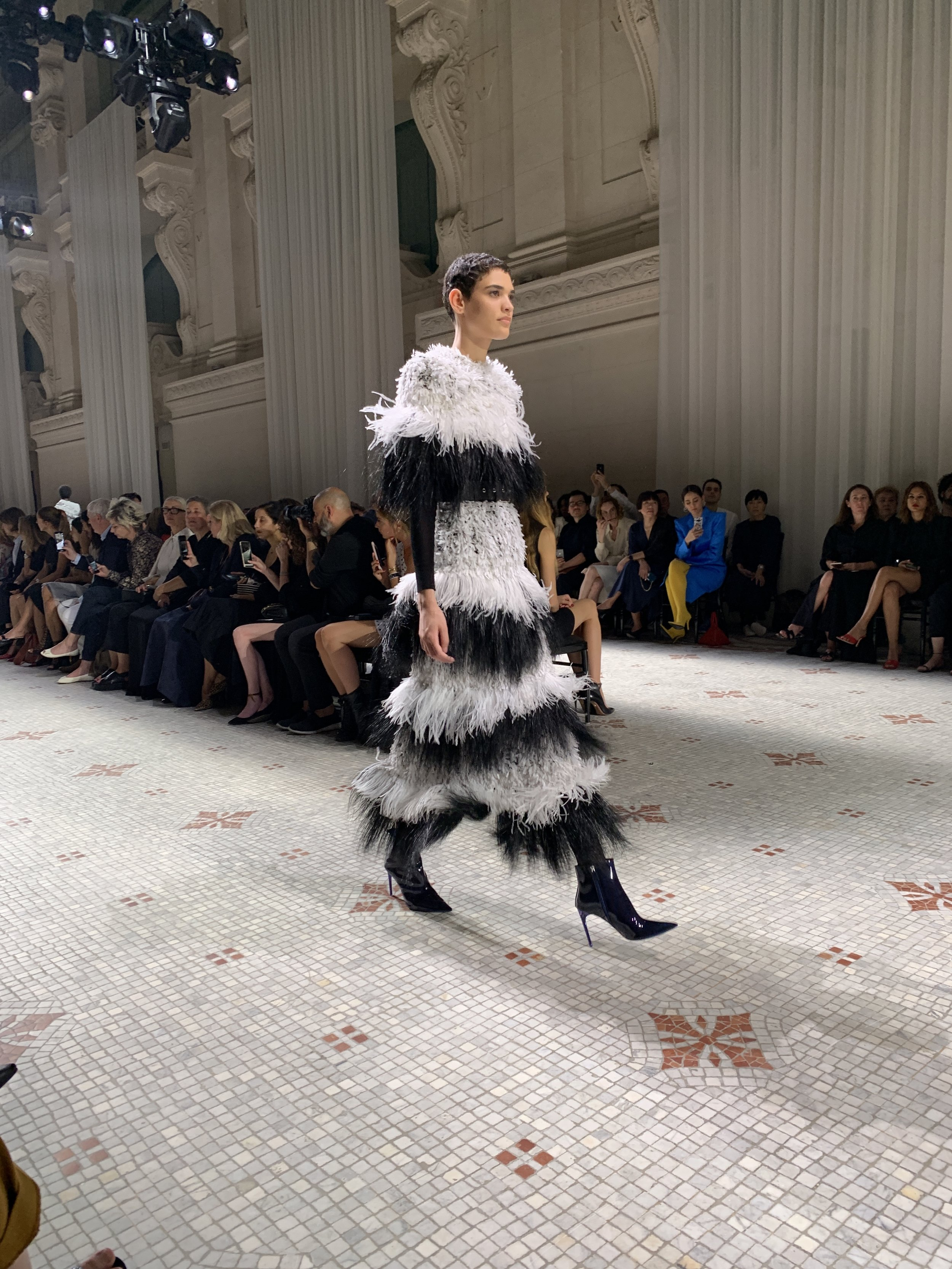 2/4 Givenchy Fall 19 Couture