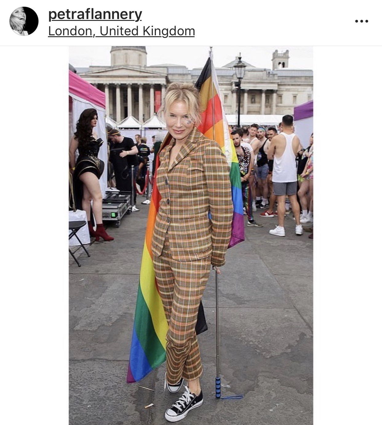 Renee Zellweger in Missoni.jpg