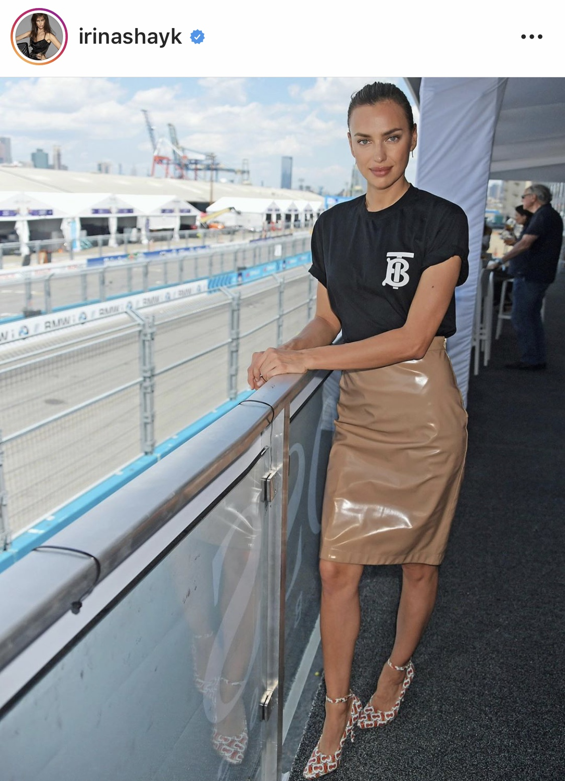 Irina-Shayk-wearing-Burberry-at-Nyc-E-prix.jpg