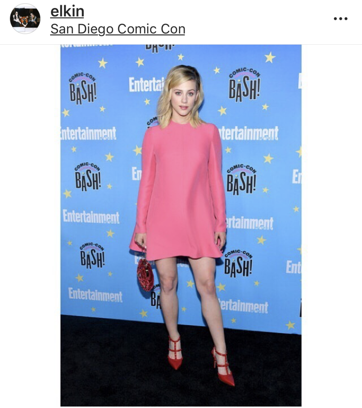 Lili-Reinhart-in-Valentino-at-comic-con.PNG