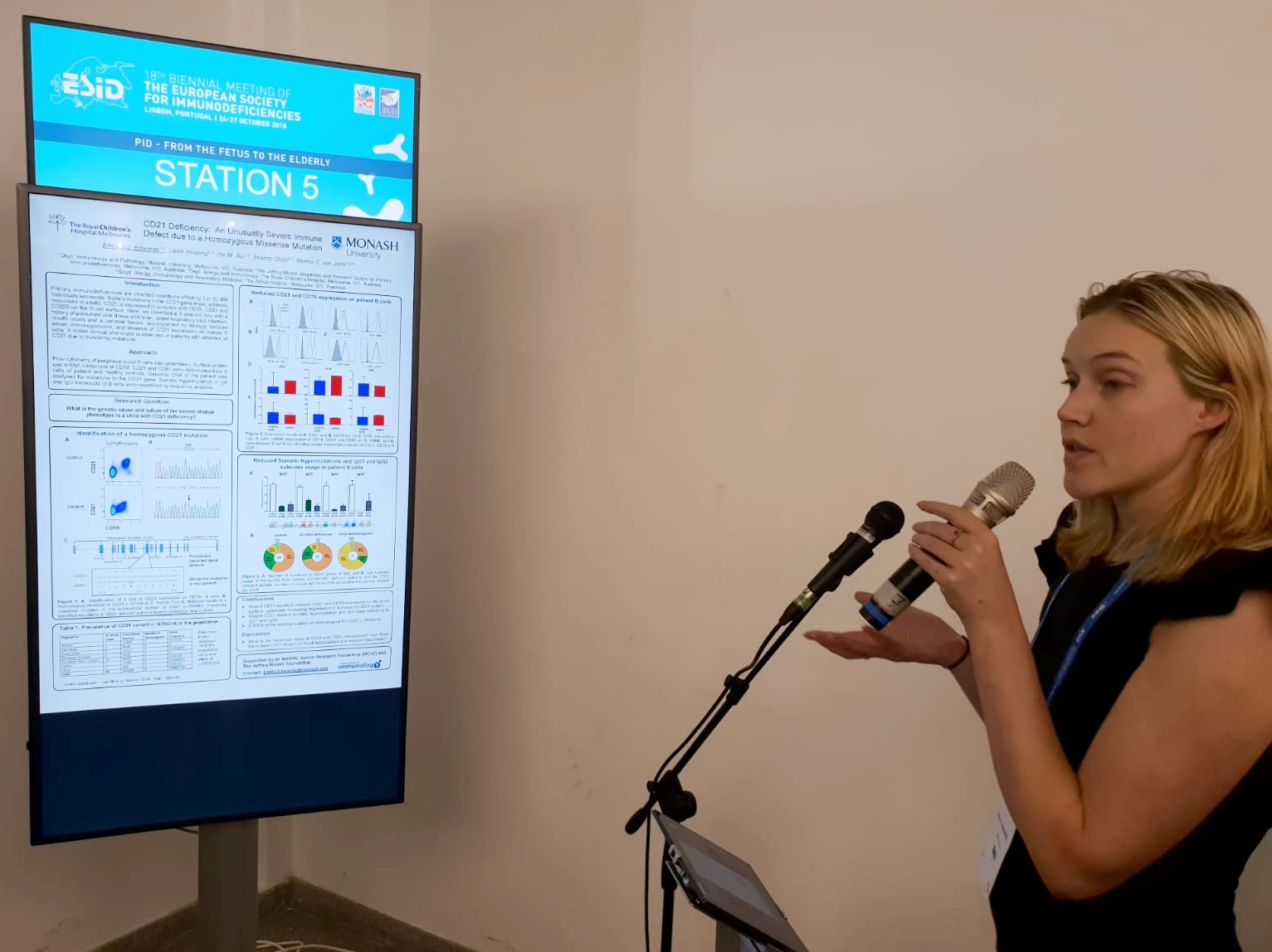 Dr Emily Edwards presenting her E-poster titled  CD21 deficiency: an unusually severe immune defect due to a homozygous point mutation