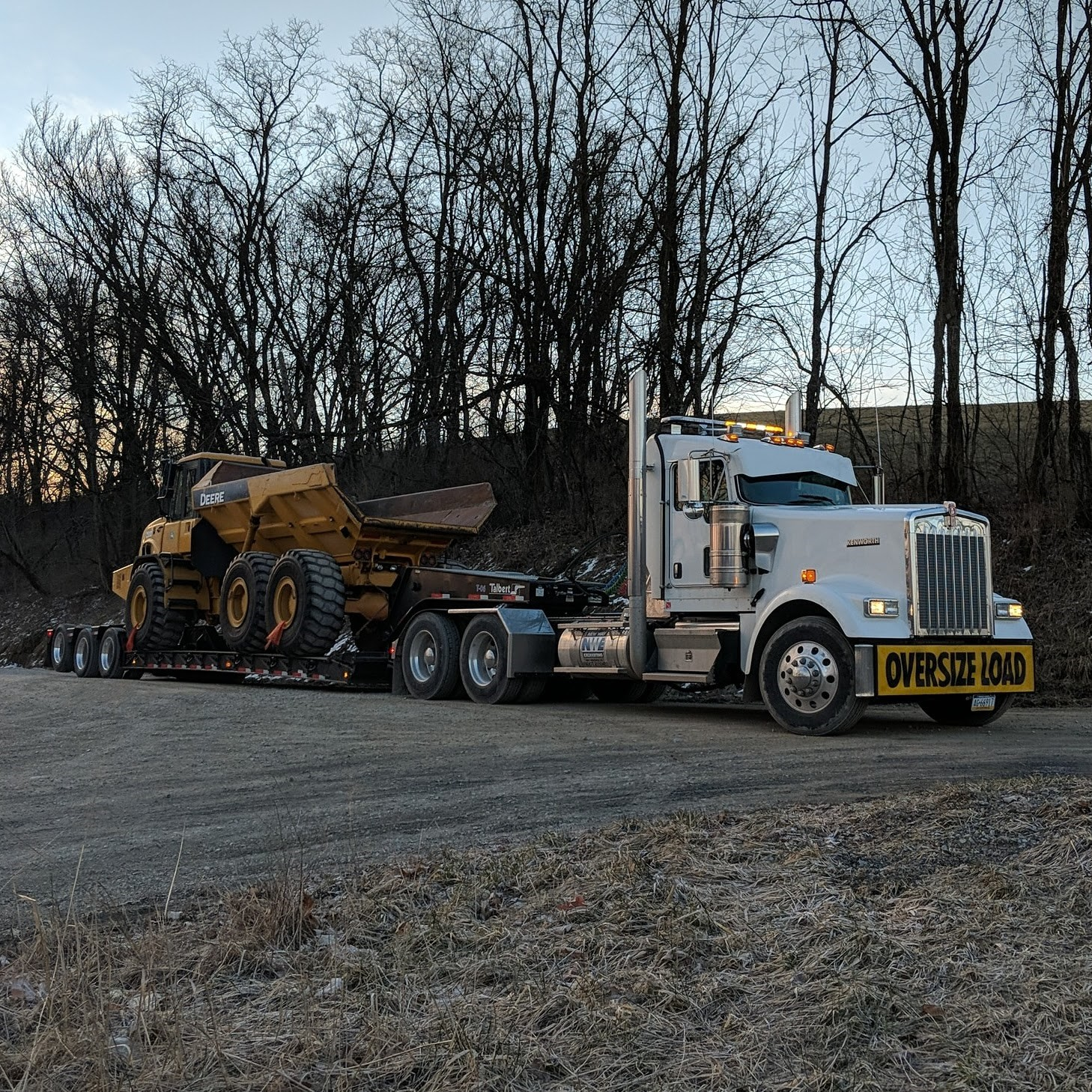 Oversize,heavy haul, & permitted loads -