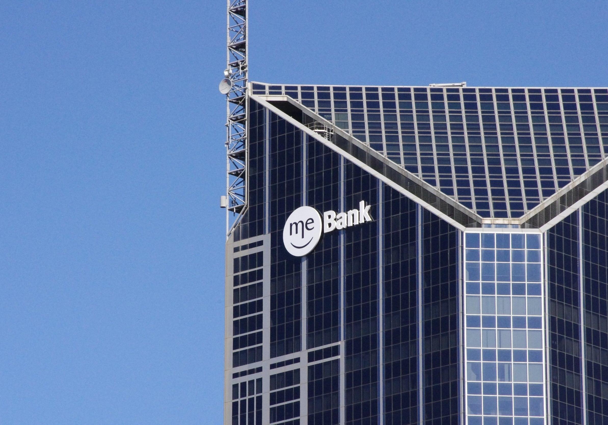 ME BANK4.jpg