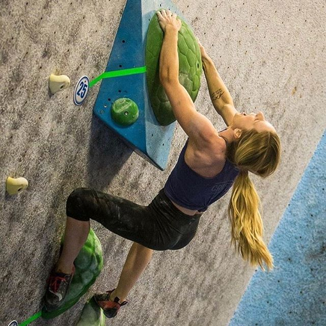 So psyched to see @kellyabirch crush it in front of a hometown crowd and take 🥇 at the Desert Classic this year. We're so proud to call her a friend, Crafted athlete, and #traininggoals role model! . . 📸: @justfab #climbing #climbaz #climbhard #bouldering #climbingnutrition #climberfuel #climbingcomp #climbaz #focusclimbingcenter #desertclassic #climberlife #climbstrong #boulderingbabes #boulderinggym #climbers #veganclimber #plantpowered #veganclimbing #craftedenergy #functionalenergy #foodisfuel #cleaneating