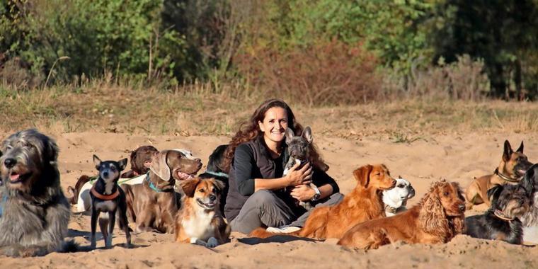 Joanna Bauer hat sich mit der Hundeschule Jobadog in Hohen Neuendorf selbstständig gemacht. Quelle: Véronique Bauer