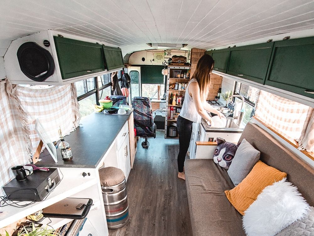 Jah Bus - Goose and Ellen are an Australian couple traveling through Australia in a PMC school bus conversioncreating YouTube and Instagram communities around skoolie bus life and minimalism
